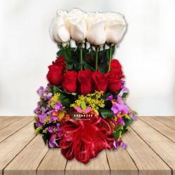 """Arreglo Floral  """"Con Amor"""""""