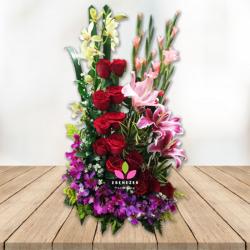 "Arreglo floral Cali "" Jardín de Rosas"""