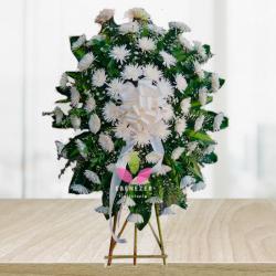Corona fúnebre con Crisantemos