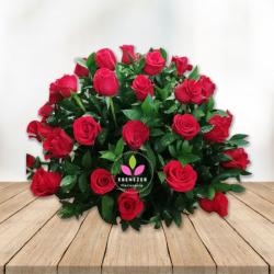 """Canasta de Rosas  """"Clásico Amor"""""""