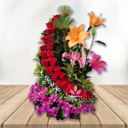 Arreglo Floral Corsé De Rosas Cali